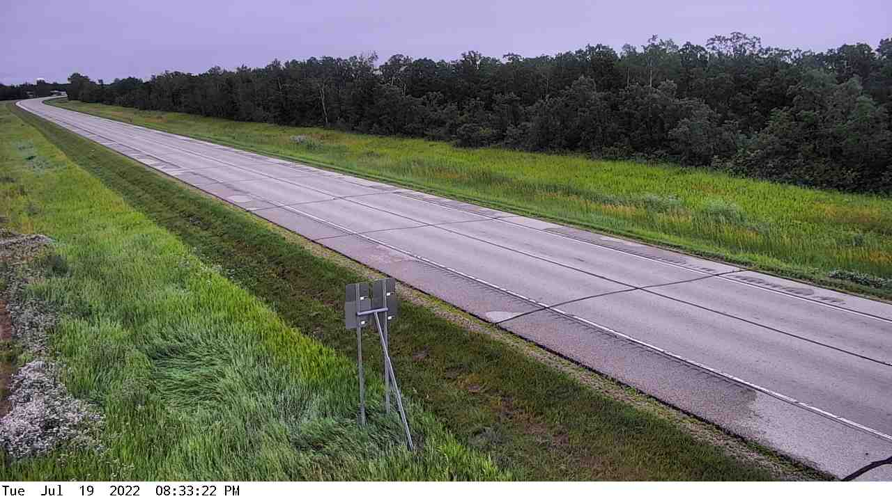 Webcam showing Minnesota Highway 11 near the city of Badger